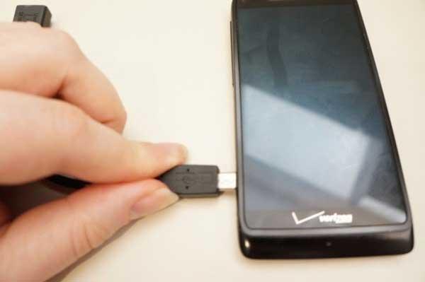 Làm thế nào để kết nối USB với Android Phone?