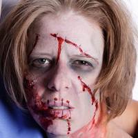 Hướng dẫn hóa trang thành Zombie kinh dị trong ngày Halloween