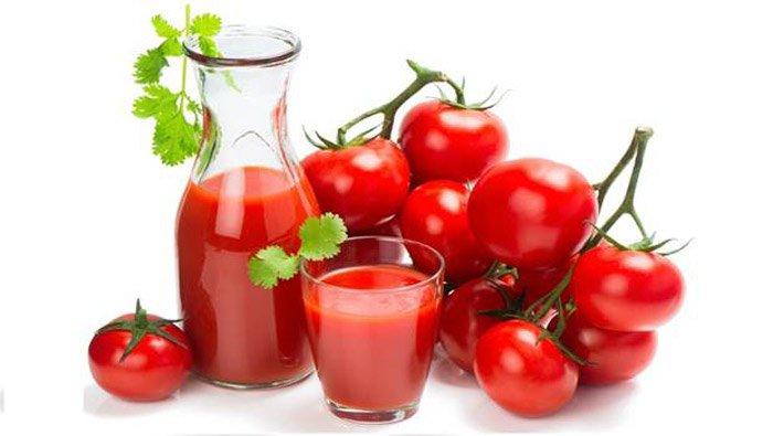 Uống nước ép cà chua để giải rượu