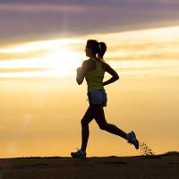 Chạy bộ 1 giờ tăng 7 giờ tuổi thọ