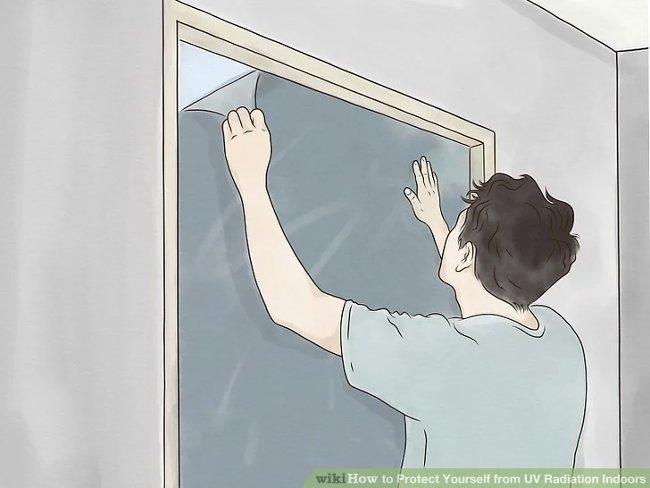 Dùng tấm chống nắng (màng bảo vệ) cho cửa sổ