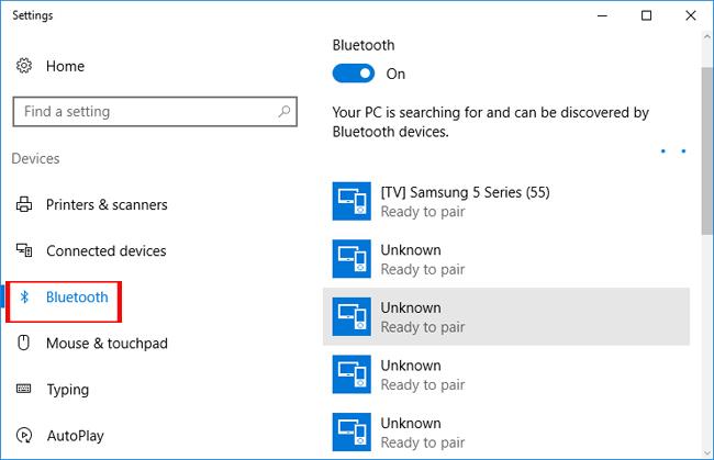 Windows 10 tìm kiếm thiết bị Bluetooth