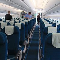 5 vật dụng quen thuộc nhưng lại bẩn nhất trên máy bay