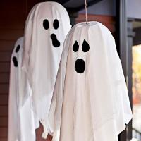 Kẹo mút ma quái dành tặng bạn bè trong dịp Halloween