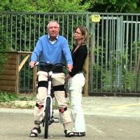 Thử nghiệm xe đạp điện tử dành cho người lớn tuổi