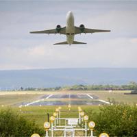 Bạn có biết vì sao giá vé máy bay lại đắt đỏ như vậy hay không?