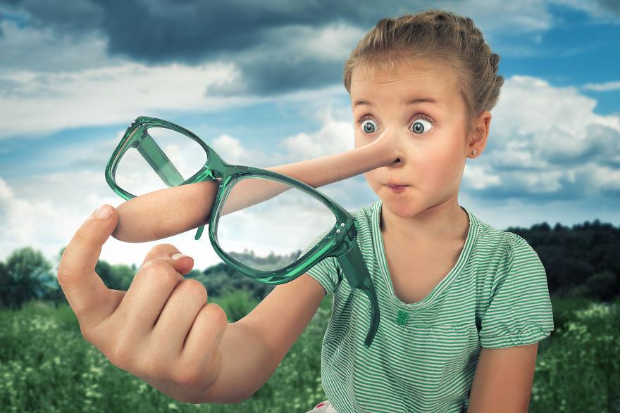 Đây là cách Pinocchio đeo kính!