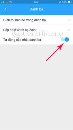 Gạt thanh sang trái để tắt tự động cập nhật danh bạ trên Zalo.