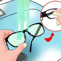 Làm thế nào để loại bỏ các vết xước trên tròng kính nhựa?