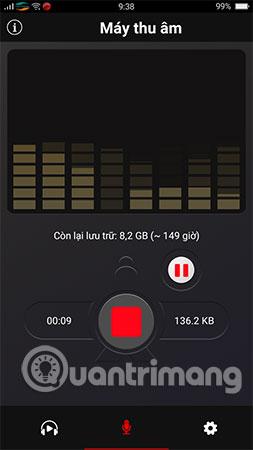 Để ghi âm, bạn hãy bấm vào nútchấm tròn màu đỏ