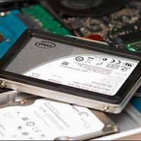 """Ổ cứng SSD có thể """"sống"""" bao lâu?"""