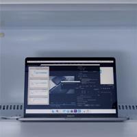 MacBook Pro 2018 tản nhiệt kém, để làm mát nhanh phải bỏ vào tủ lạnh